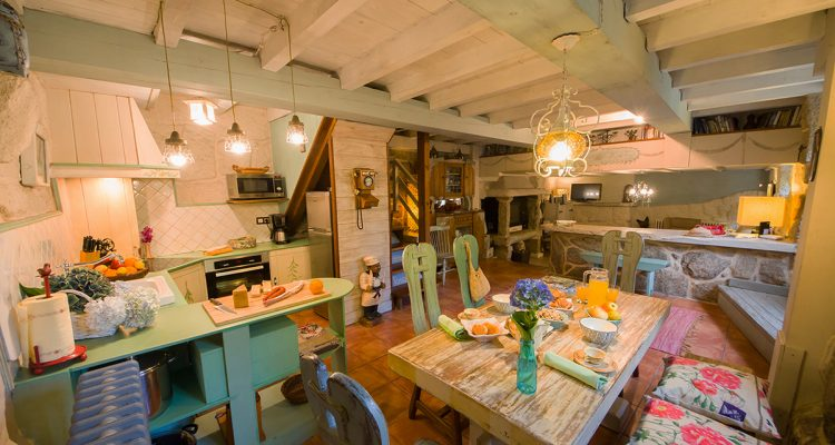 Rural Tourism House for 6 people - Decorated