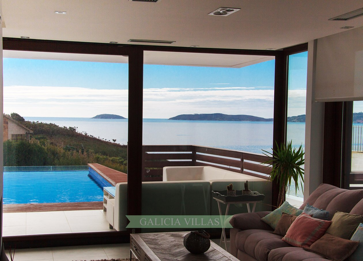 Villa Bascuas Salon with Views of the Ons Islands